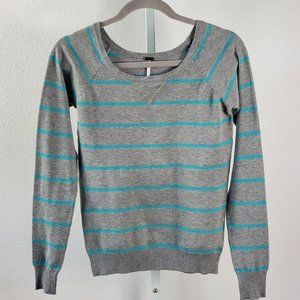 POOF! stripes crew neck sweater gray Sz S